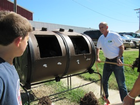 Compost tumbler, food composting